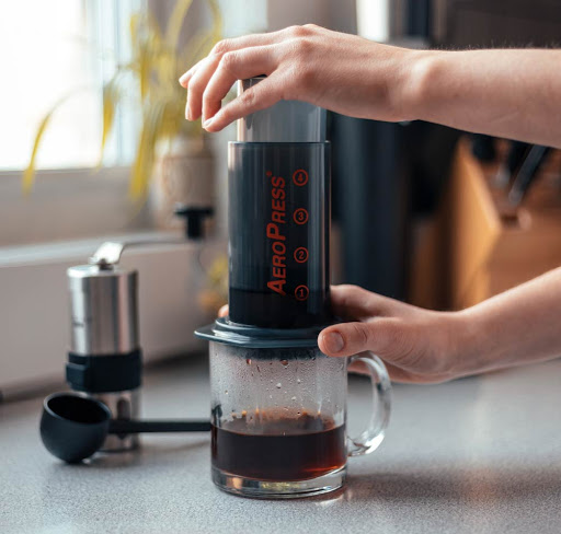 Аеропресс зернової кави.