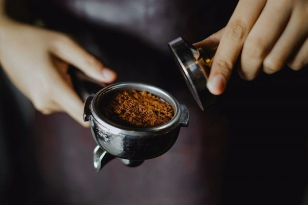 трамбування кави
